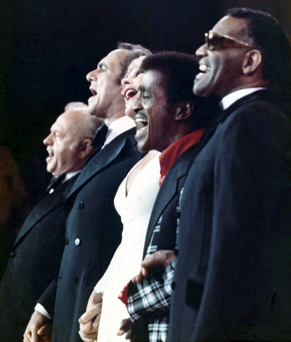 Sammy Davis, Jr. with Mickey Rooney, Jack Carter, Elke Sommer and Ray Charles